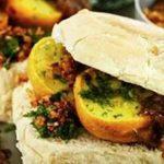 vada pav street food