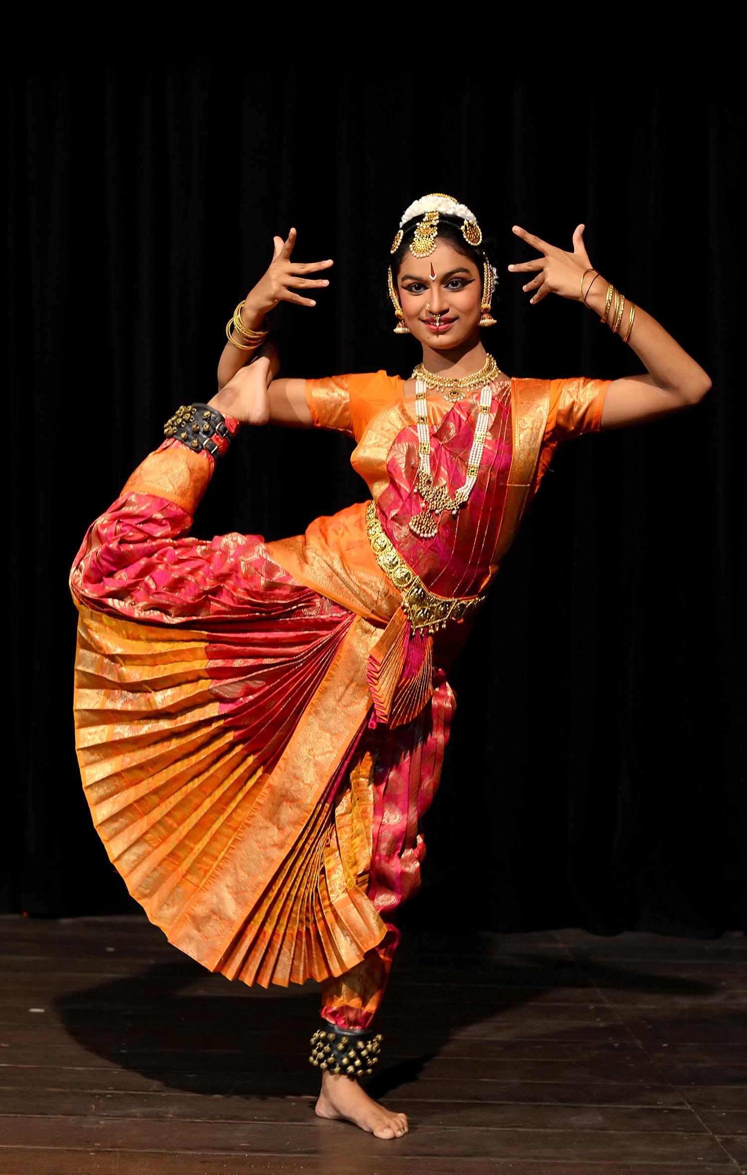 Bharatanatyam Indian dance