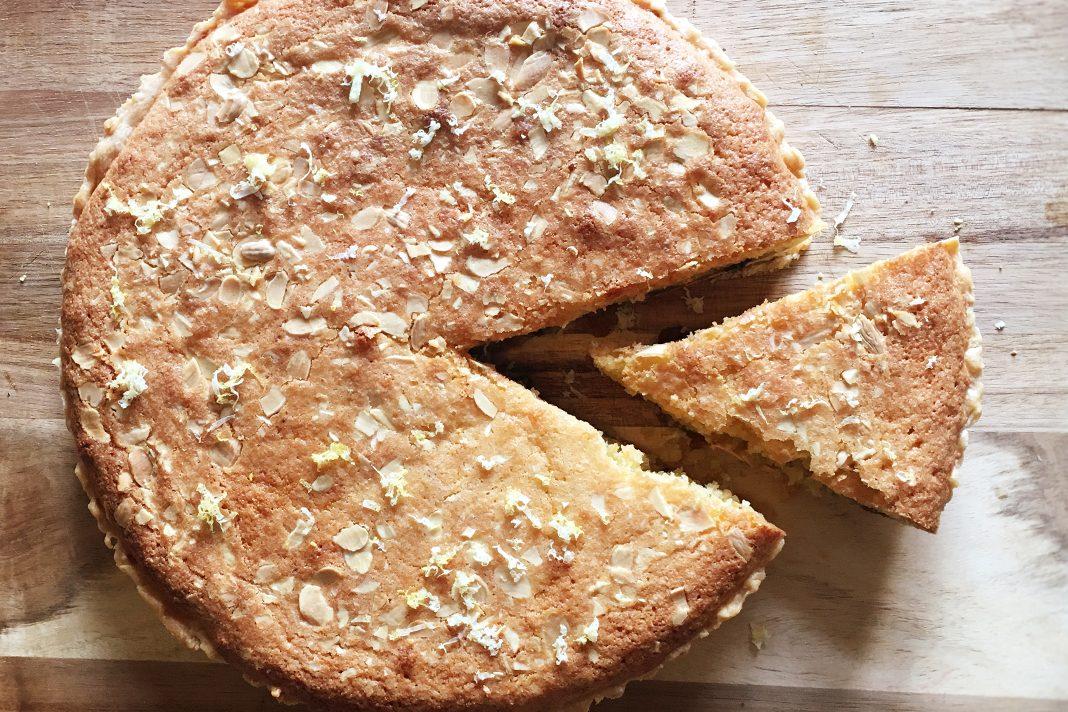 cardamom and mincemeat tart